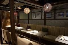 「atari CAFE&DINING 渋谷モディ店」(営業時間は11時~23時半)。席数52席。ソファ席、カウンター席、座敷とさまざまなタイプの席がある