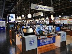 9階にはインテルのRealSenseテクノロジーの体験コーナーがあった(オープン時)
