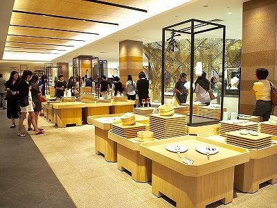 全館の品ぞろえの軸となる4つの日本人の美意識「雅・粋・繊・素」を紹介するゾーン