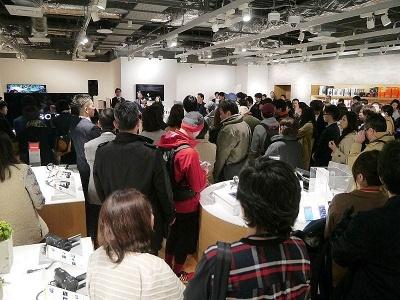SONY CREATORS NIGHTに参加した札幌のクリエーターたち。約200人が参加した