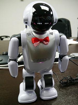 富士ソフトのコミュニケーションロボット「Palmi(パルミー)」