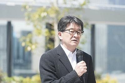 屋上庭園を設計したランドスケープアーキテクトの宮城俊作氏