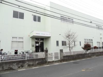 大きな建物が見えたら、それが埼玉サービスセンターだ