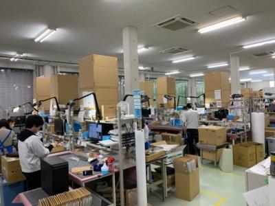 修理品はまず入荷セクションで検品され、修理品のデータベースへ登録される