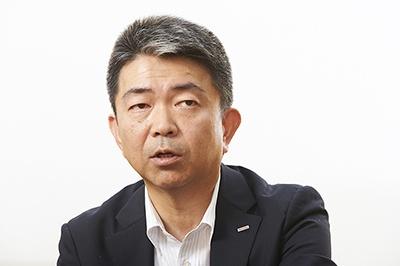 德弘徳人(とくひろ・のりひと)氏<br>NTTドコモ R&Dイノベーション本部 移動機開発部長