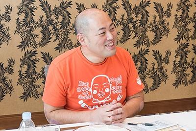 川崎恭雄氏(いづよね代表・審査委員長)