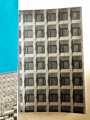 カバーをはずすと、三会堂ビル(赤坂、1967年竣工)の立体的な格子柄の外壁が現れる