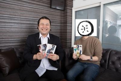 山田胡瓜氏(写真右)。プロフ入る