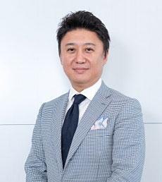 中村 亮氏 caramo 代表取締役。2011年ザッパラス(東証1部)コマース事業担当取締役に就任、2012年5月日本の逸品のみを取り扱う、こだわりのECサイト「藤巻百貨店」を故藤巻幸大氏と共に立上げる。2015年8月に藤巻百貨店事業を主力としたcaramoを設立し独立。代表取締役に就任。日本の逸品を目利きする商品開発、24万を超えるFacebookファンを魅了し続けるコンテンツ制作も手掛ける