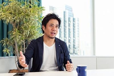 フェイスブック ジャパン代表取締役の長谷川晋氏。京都大学経済学部を卒業後、消費財メーカーのプロクター・アンド・ギャンブル、楽天などを経て現職