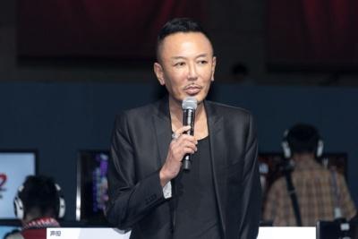 名越稔洋氏(シリーズ総合監督)