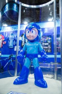 ロックマン10周年記念のフィギュアも展示