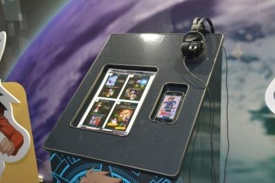 試遊台にはヘッドホンが用意されており、ゲームに集中できる