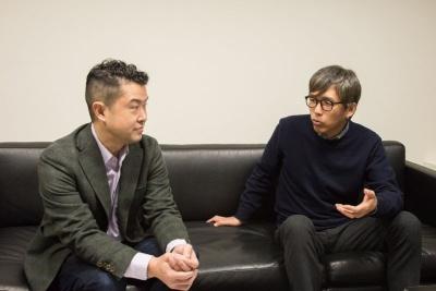 インタビューでは石川社長が沖浦氏に質問する場面も