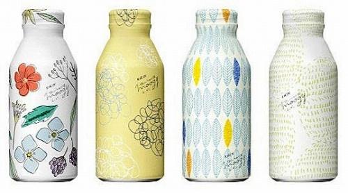 飲料商品のデザインの常識を打ち破る「moogy」