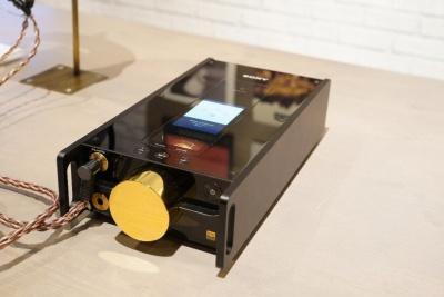 超弩級のミュージックプレーヤー「DMP-Z1」。欧州では8500ユーロで発売(日本円で約109万円)