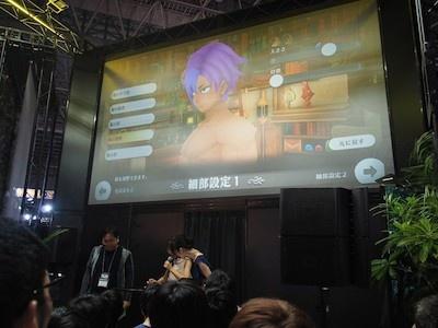ゲーム内のキャラクターメイキング機能で、三森さんの好みの男性キャラクターを作成。細部に至るまで非常に細かな設定が可能だ