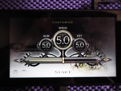 楽曲の難易度に加え、「スピード」も調整可能なので、プレイヤーのレベルに合うようカスタマイズできる。「BGM」は音のボリューム、「KEY」はスマートフォンの機種によってタッチの速度が変えられる。Nintendo Switch版では関係ないそう