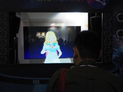 Gugenka from CS-REPORTERSのブースでは『東雲めぐ』とのライブトークイベントを実施。直接VTuberとコミュニケーションできることもあり、多くのファンが集まっていた