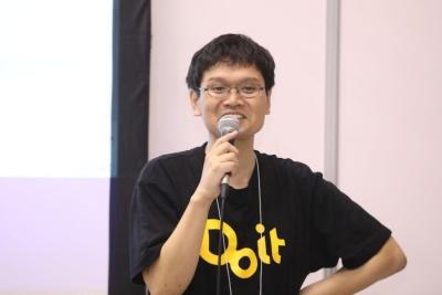Do it プログラミングスクールで講師を務めている松尾高明先生