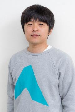 バカリズムさん。CSチャンネル「フジテレビONE」で2016年4月に放映を開始したeスポーツ専門番組「いいすぽ!」でMCを務める