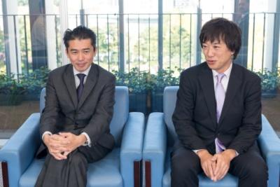 オンキヨー AI/IoT事業推進室室長の宮崎武雄氏(左)、副室長・マーケティングマネージャーの八木真人氏(右)