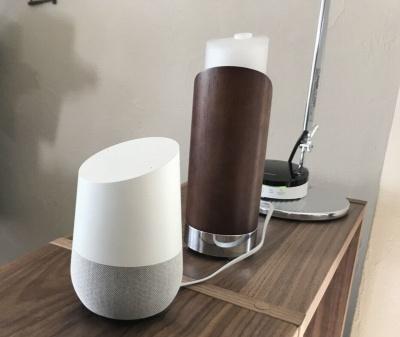 スマートスピーカーの「Google Home」とイッツ・コミュニケーションズのリモコンを連携して家電を操作