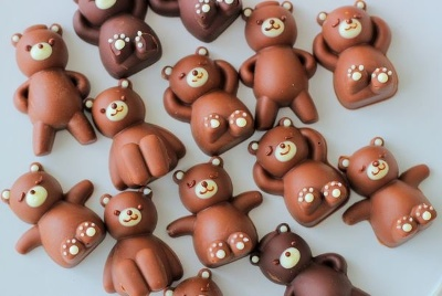 クマの形をしたチョコレートができるシリコンのクマ型(697円)が大ヒット