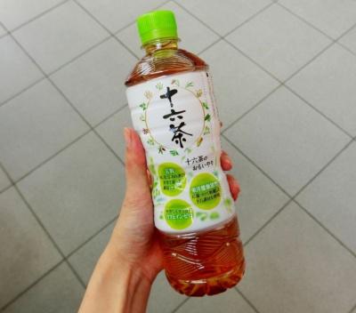 中身、パッケージともに一新した「アサヒ 十六茶」。5月22日に発売した