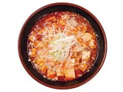 チーズと背脂が載った、新潟市にある和風とんこつ たまる屋の「マーボーメン」