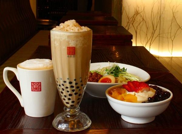 春水堂のタピオカミルクティーは茶とミルク、甘さのバランスが非常によく、上品な味わい