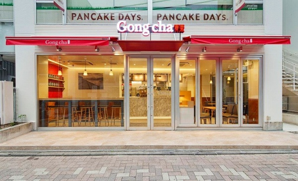 台湾発で2015年9月に1号店をオープンした「ゴンチャ」は、都心を中心に16店舗展開(うち9店舗がフランチャイズ)。最も店舗数が多い韓国では2012年の1号店オープンから6年で約400店舗に増えた