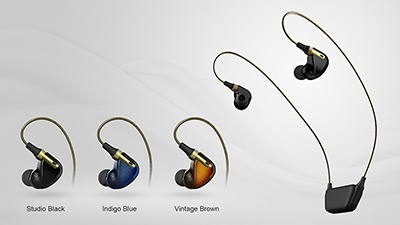 マルチライブモニターイヤホンは、スタジオブラック、インディゴブルー、ヴィンテージブラウンの3色で、高級感のあるデザイン