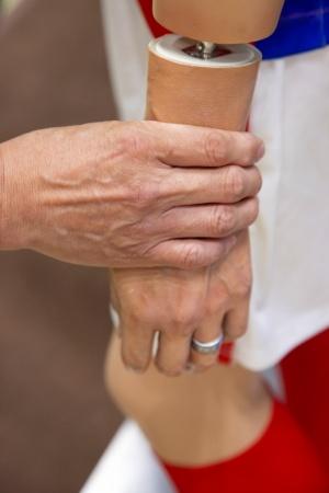 マネキンは服の着せ替えを容易にするため、このように腕や脚を分割できる構造になっている
