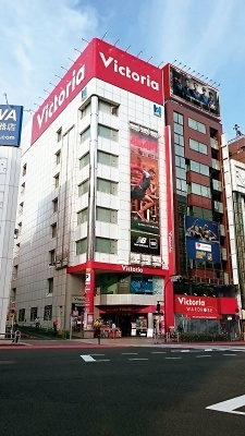 東京・神田の「ヴィクトリアワードローブ」。4階がリカバリーコーナーになっている