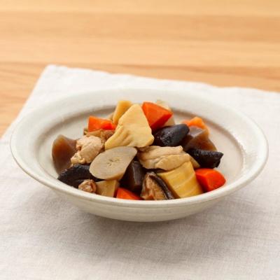 「鶏肉と根菜の京風お煮しめ」(200g、390円)