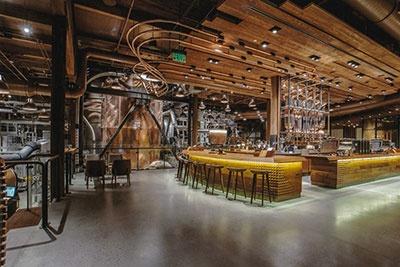 米シアトルに2014年にオープンしたロースタリー1号店