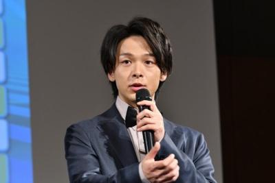 「来年は元号変わる節目の年。まさか自分が選ばれるとはおもっていなかった」と、来年の顔に選ばれた中村倫也さん