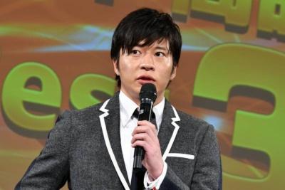 今年の顔に選ばれた田中圭さん。「大変光栄です。今年を振り返りながら来年のことを思いたいですね」と挨拶