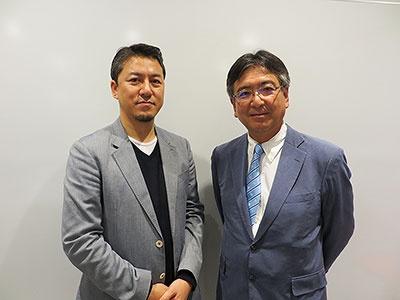 左がカルビー フューチャー ラボの山邊昌太郎クリエイティブディレクター、右がカルビーの江原信上級副社長執行役員