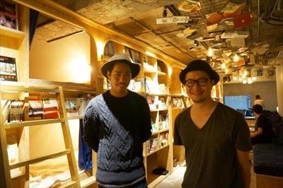 BOOK AND BED TOKYO支配人の深田直也氏(左)と岸田光氏(右)。どちらかが常駐しているという