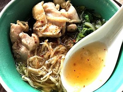 1人前に食物繊維5.1gが含まれている「Plus鍋 三種の根菜だしのよせ鍋つゆ」は具に切干大根を入れることでさらに食物繊維が多くとれる