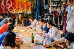 「DIY coworking atelier & cafe ViBAR」で行われた、カカオ豆からチョコを作るワークショップ(スペースマーケット)