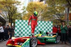 「ABTシェフラーFE02」を運転するのはルーカス・ディ・グラッシ選手