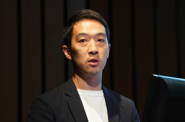 フェイスブック ジャパンの執行役員である鈴木大海氏。コミュニティづくりをミッションと掲げるFacebookにおいて、動画活用が重要な役割を果たすと語った
