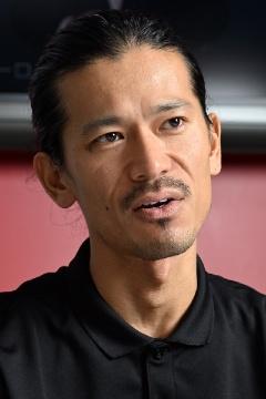 テスラモーターズ・ジャパン シニアマーケティングマネージャーの前田謙一郎氏。テスラのマーケティングやPRを担当