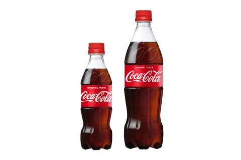 「コカ・コーラ」の新容器サイズ(左:350ml PET、右:700ml PET)