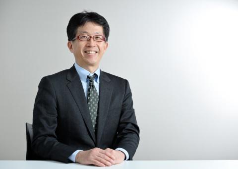 スピンプライド 代表取締役 長谷川陽一氏。1986年より大手食品メーカー向けに食品中間原材料を納品する食品会社の営業マンとして30年余り勤務。食品クレーム対応を経験し、異物混入による商品回収、食品破棄が頻発する現状を鑑み、2017年12月にスピンプライドを起業