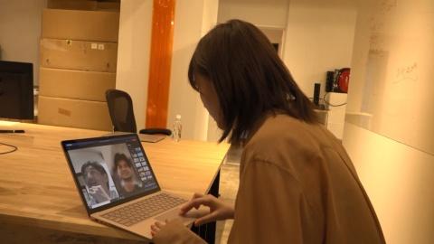 今回のプロジェクト進行に欠かせないのが、Microsoft Surface Laptop 3。自粛期間中は、Microsoft Teams を活用したオンライン会議やデータのやりとりにより、離れていても円滑なコラボレーションワークを実現した