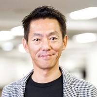 榊 淳 氏